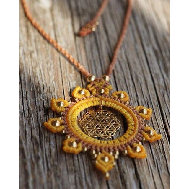 "for the lovely Antonia, beautiful ""flower of life"" necklace in sunny-yellow 🌞 #macramejewelry #macramelove #macrame #floweroflife #hippiestyle"