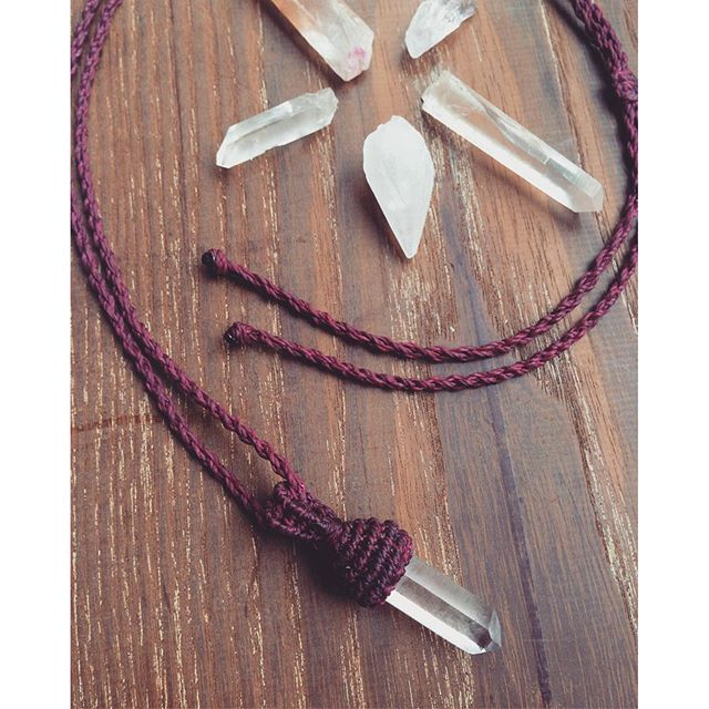 -« small rock crystal necklace »-#rockcrystal #macrame #macramenecklace #bohostyle #bohochic #crystalnecklace