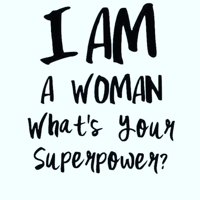 Mädels heute ist Weltfrauen Tag! Ich wünsche allen Frauen dieser Welt einen besonderen Tag, lasst euch feiern ihr habt es euch verdient! #womansday #woman #womans #womanrights #proudtobeawoman #strong #powerful #natural #internationalwomensday