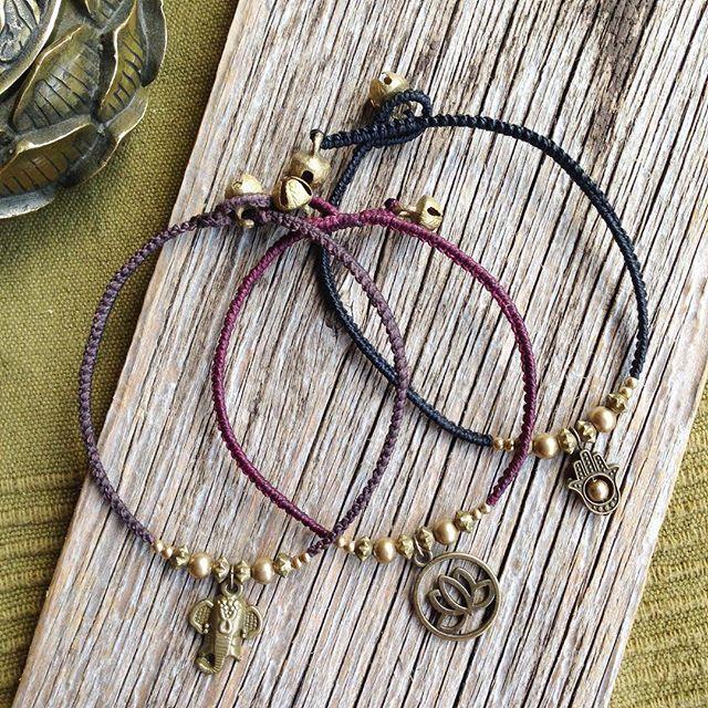 Schöne zarte Fußkettchen passend zum sonnigen Wetter ️ #fußkettchen #joymade #footjewelry #macramejewelry #macralove #summerforthefeets
