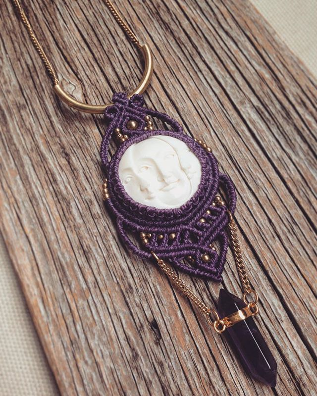 magical violett necklace with sun and moon faces and amethyst #macramenecklaces #macralove #sunandmoon #amethyst #joymade #magical #witchjewelry